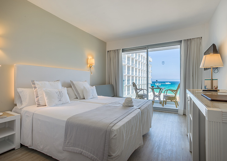 Twin room single use lateral sea view Premium